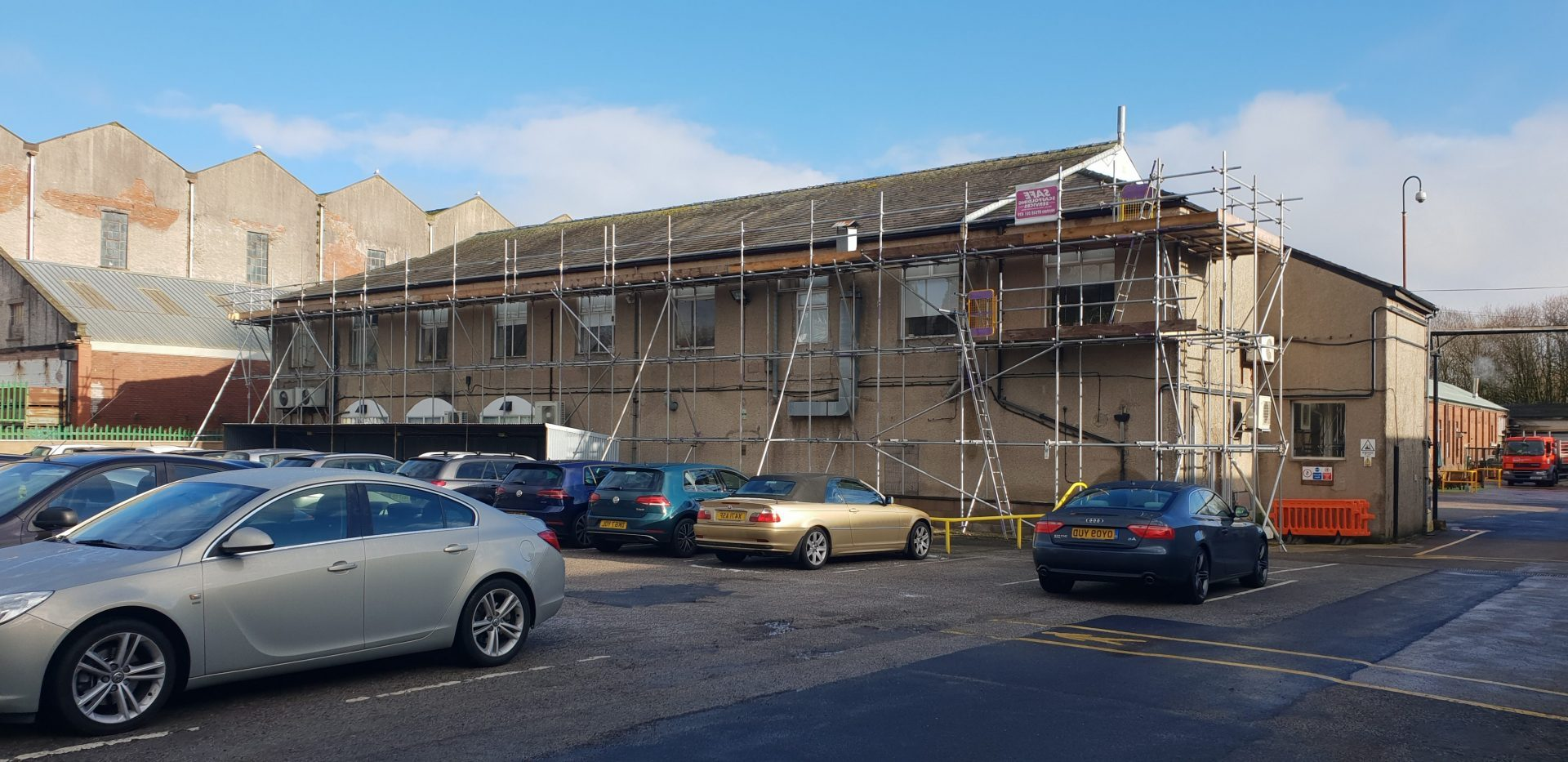 Independant Tied Scaffold for roof repairs